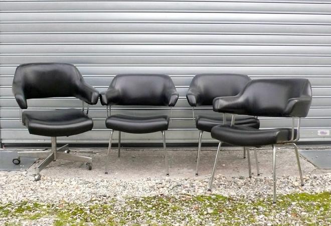 chaise-noires-bureau-01